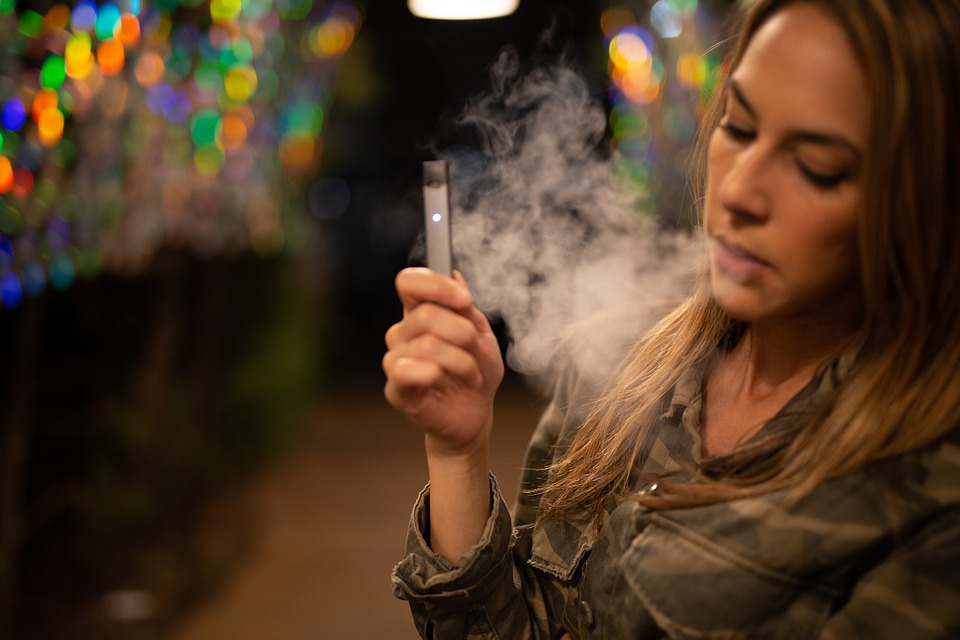 Vaping and its Effects on Oral Health